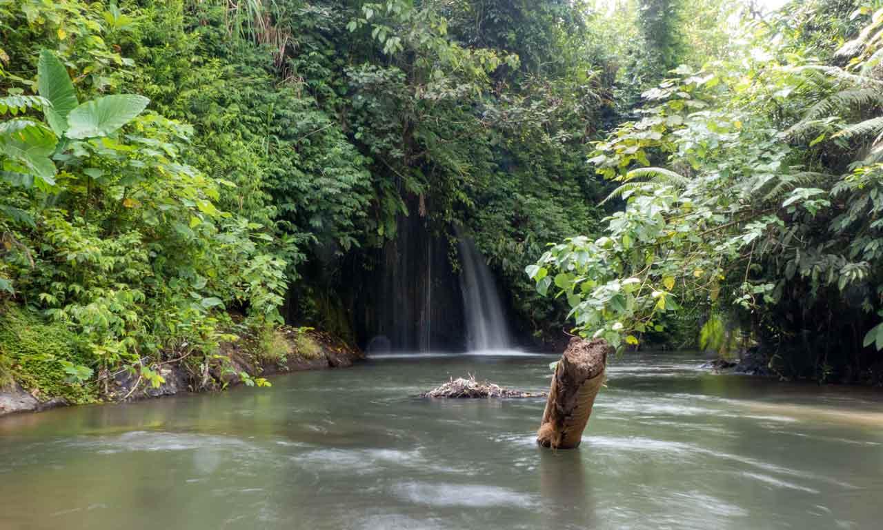 Bali Geheimer Wasserfall